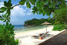 Seychelský hotel Avani Barbarons Resort & Spa s pláží