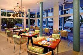 Seychelský hotel Avani Barbarons Resort & Spa s restaurací